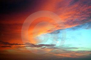 Nubes Coloridas Imagenes de archivo - Imagen: 1720114