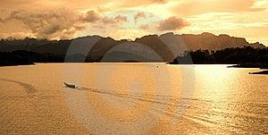 Sunset In Rutchaprapa Dam Stock Images - Image: 17200754