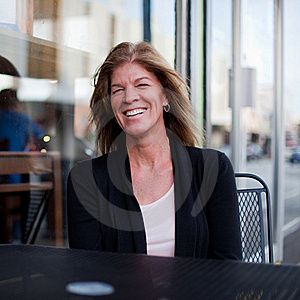 Smiling Woman In The City Royalty Free Stock Photos - Image: 17215908