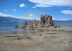 Mono Lake Royalty Free Stock Images - Image: 17216509