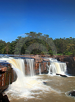 Tadtone Waterfall Royalty Free Stock Image - Image: 17217556