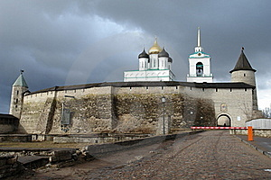 The Pskov Kremlin, Fortification Royalty Free Stock Photo - Image: 17236025