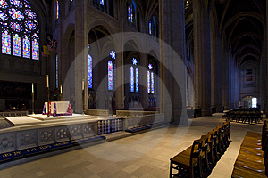 Grace Cathedral à San Francisco Images libres de droits - Image: 1734879