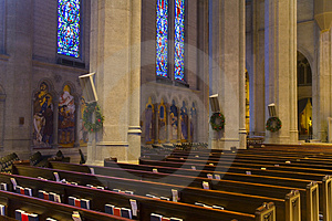Grace Cathedral In San Francisco Stock Afbeelding - Beeld: 1734901