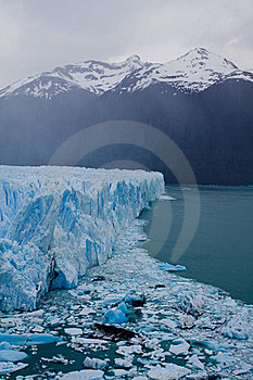 Moreno Glacier Royalty Free Stock Photography - Image: 17309357