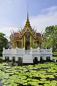 Pagoda At Suan Luang Rama IX Royalty Free Stock Image - Image: 17318056