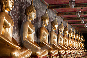 Row Of Golden Buddha Statues Royalty Free Stock Image - Image: 17331426