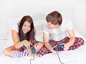 Couple Play Games Stock Images - Image: 17345734