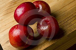 Cherry Plums And Nectarines Royalty Free Stock Images - Image: 17365719