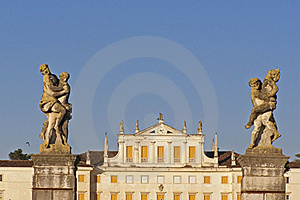 Villa, Facade And Sculptures Stock Images - Image: 17453144
