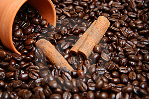 Clay Bowl With Coffee Beans And Cinnamon Royalty Free Stock Image - Image: 17459466