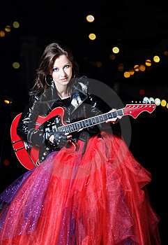 Guitar Player Girl In The Night Royalty Free Stock Photos - Image: 17466788