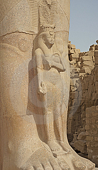 Statue In Temple Of Ramses 3rd At Karnak Stock Photos - Image: 17556163