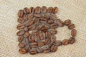 Mug Made Of Coffee Beans Royalty Free Stock Images - Image: 1763959