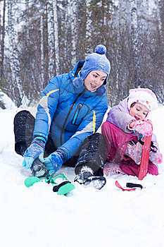 Happy Mother And Daughter In A Winter Park Stock Photography - Image: 17606182