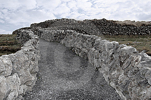 Stone Walls And Gravel Path Stock Photo - Image: 17620900
