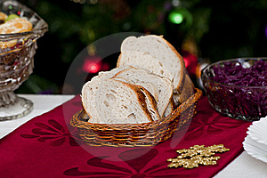 Bread In Wicker Basket Royalty Free Stock Images - Image: 17621519
