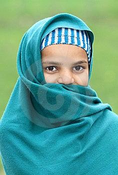 Schuw Moslimmeisje Royalty-vrije Stock Foto's - Afbeelding: 17653898