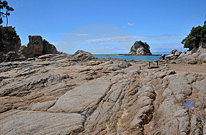 Little Kaiteriteri Rocks, New Zealand Stock Images - Image: 17662774