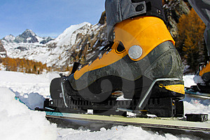 Skiing Royalty Free Stock Image - Image: 17663856