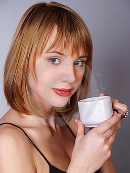 Beautiful Girl Whith A Cup Of Tea Or Coffe Royalty Free Stock Image - Image: 17736666