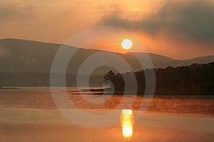 Sunrise Over The Lake Stock Photography - Image: 17789672