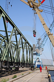 Heavy Weight Industry Crane III Royalty Free Stock Images - Image: 1784359