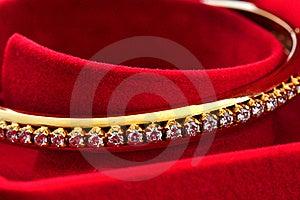 Diamond On The Golden Bracelet Stock Images - Image: 17801054