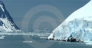Icy Landscape In Antarctica Royalty Free Stock Photography - Image: 17815507
