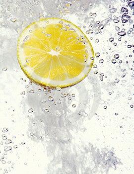 Lemon Dropped Into Water Royalty Free Stock Image - Image: 17835026