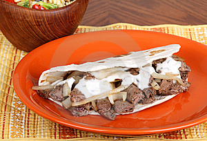 Beef Pita With Sauce Royalty Free Stock Images - Image: 17954359