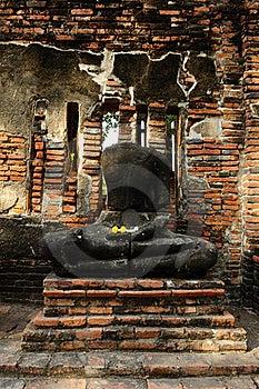 No Head Buddha Image At Wat Mahathat Stock Photos - Image: 17962363