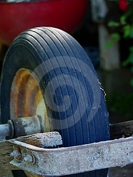 Old Wheel Barrel Free Stock Image