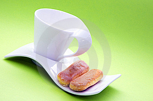 Milk Cup And Crackers Royalty Free Stock Photography - Image: 18006907