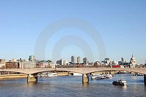 Waterloo Bridge Stock Photography - Image: 18033132