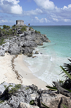 Ruins At Tulum Overlooking Beach Stock Photography - Image: 18057402