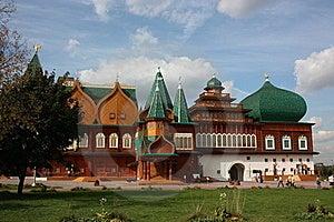 Palace In The Kolomenskoe. Stock Images - Image: 18111834