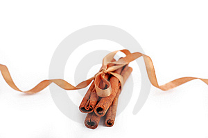 Cinnamon Sticks Bonded Stock Image - Image: 18140541