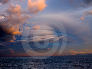 Unusual Cloud Over Sea. Royalty Free Stock Images - Image: 18196649