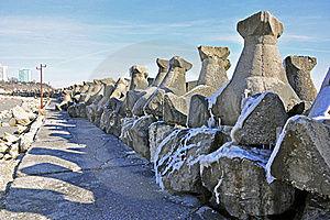 Walk On Icy Rocks Royalty Free Stock Images - Image: 18204889