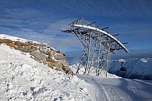 阿尔卑斯缆车 免版税库存图片 - 图片: 18208619