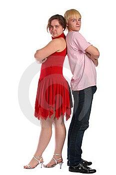 Stands De Jeune Homme Et De Femme Dos à Dos Photographie stock libre de droits - Image: 18227147
