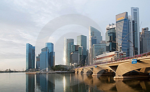 Esplanade Bridge And Financial District Stock Image - Image: 18256941