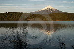Mount Mcloughlin Stock Images - Image: 18264604