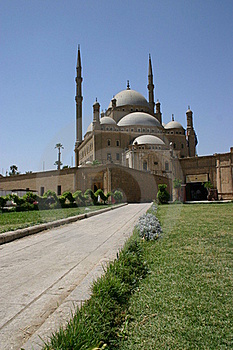 Walkway To The Mosque Royalty Free Stock Photography - Image: 18265157