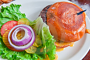 Juicy Cheeseburger Royalty Free Stock Images - Image: 18267789