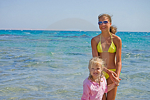 Two Girls At The Red Sea Stock Photography - Image: 18282982
