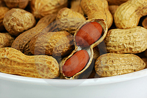 Bowl Of Peanuts Royalty Free Stock Photography - Image: 1834567