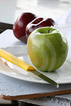 Granny Smith Apple Royalty Free Stock Photo - Image: 18305875