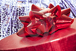 Red Gift Box Royalty Free Stock Photos - Image: 18306098